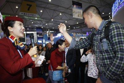 国航精彩亮相第16届中国西部国际博览会