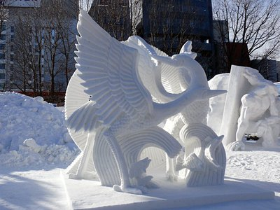 """Macao's entry of """"Crane Dance in Spring"""" is the winner of The 44th International Snow Sculpture Contest in Japan. Sands Macao Chef Patrick Li Hing Cheung was one of the carvers on the winning team."""