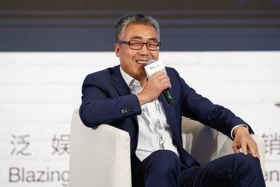 华人文化产业投资基金及华人文化控股集团,创始人、董事长黎瑞刚先生