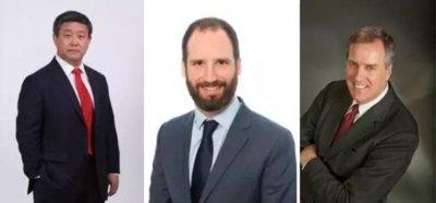 从左至右,分别为澎石资产创始管理合伙人杨亦钢、牛津经济研究院首席经济学家Oliver Salmon、走出去智库首席法律专家吕立山