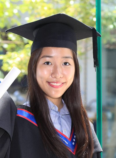 YCIS – Secondary's Daisy Chan achieved a perfect score of 45