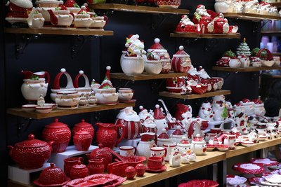 122nd Canton Fair Embraces Christmas: Retailer Confidence Recovers with Chinese Suppliers' Maturing Design Capabilities