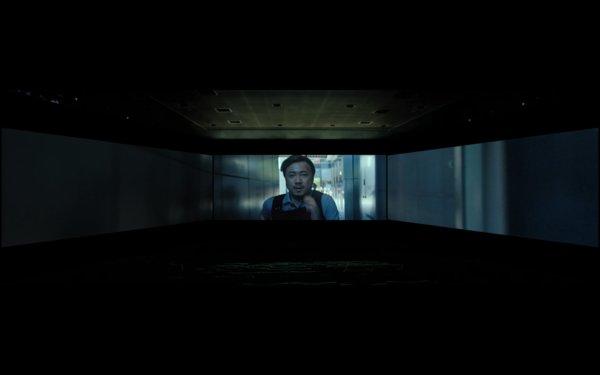 "ScreenX的三面银幕下全面画面,ScreenX版带来""浸入式""观感"