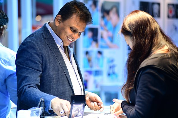 Shenzhen Jewellery Fair 2018 - Business Discussion