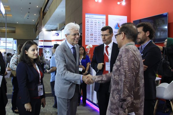 The expo connects industry leaders all over the globe.