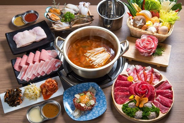 Unlimited refill menu of Hanwoo huoguo at Jjigae