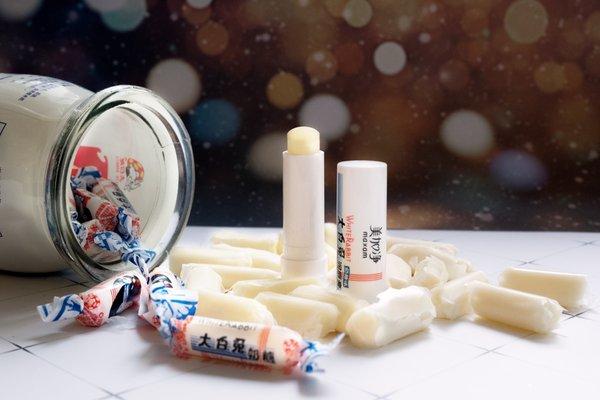 产品高度还原大白兔奶糖唤起消费者的童年回忆
