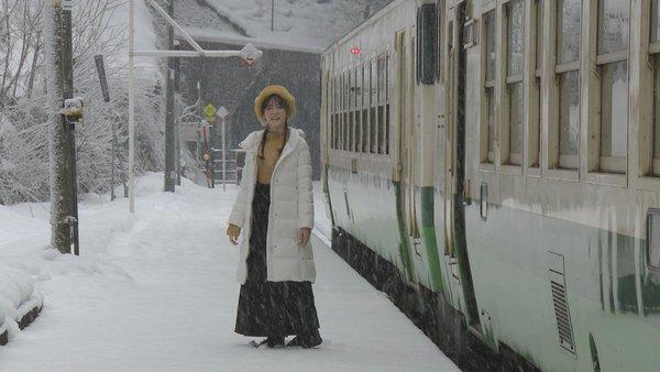 沿只見川行駛的JR只見列車