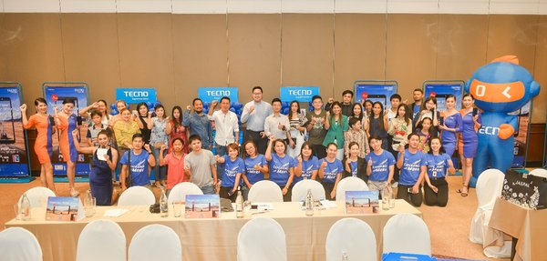 TECNO Held Distributor Channel Summit in Thailand