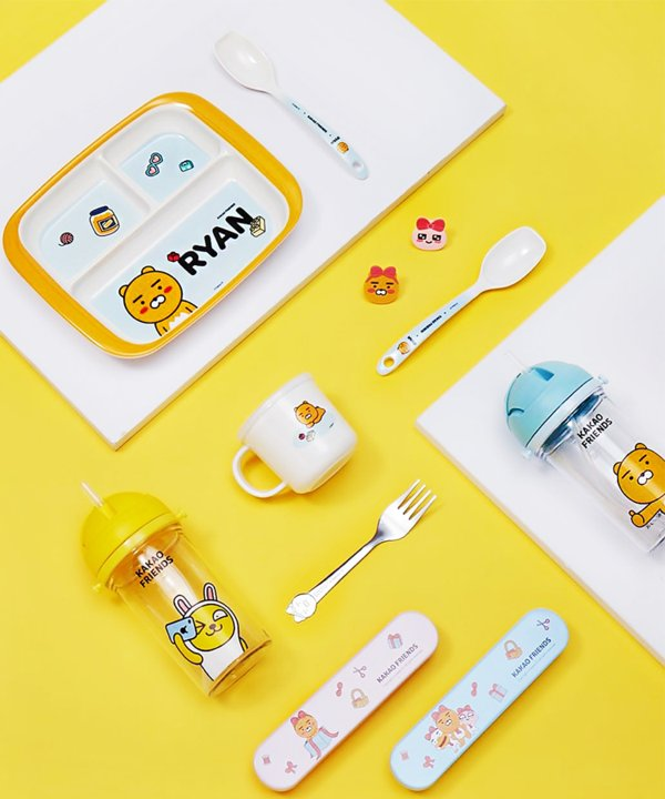 Products jointly developed by MINISO & Kakao Friends