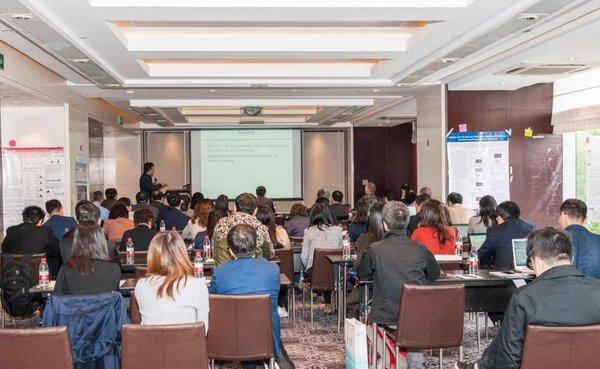 研讨会现场,来自学术界、工业界及监管机构的知名学者及代表们齐聚一堂