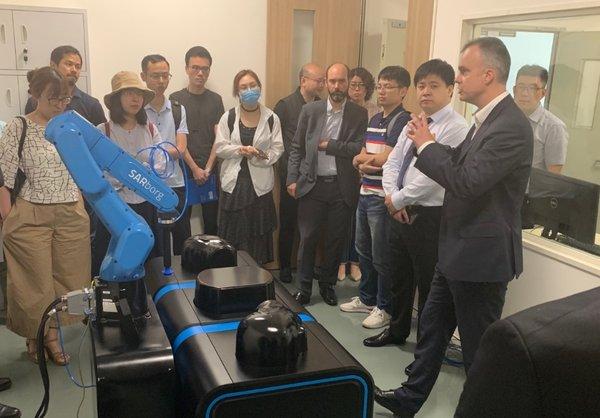 参观TUV莱茵物联网技术评估中心实验室,了解ART-MAN测试系统