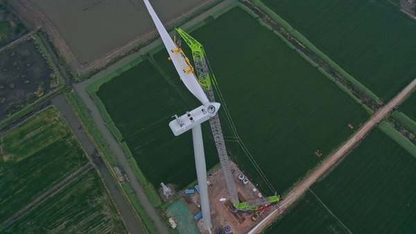 Zoomlion (Shenzhen: 000157) Installs China's Tallest Impeller Breaking Two Week Old Record
