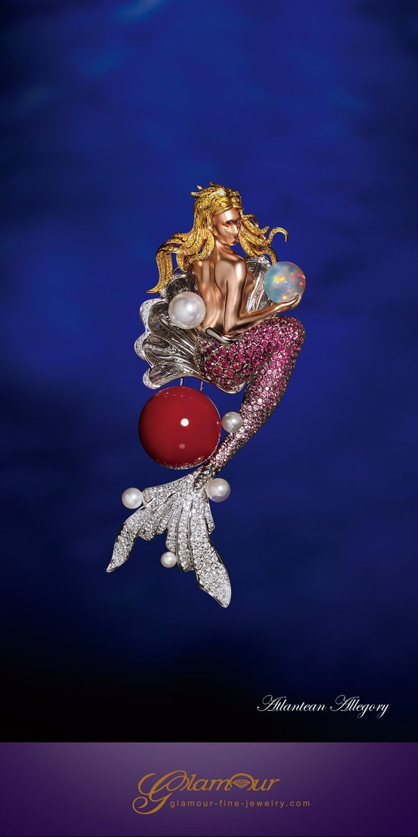 The Mermaid Brooch from Glamour Fine Jewelry Atlantean Allegory collection combines Chinese and Western essence of art techniques.