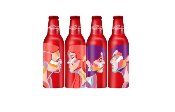 百威七夕亲吻瓶设计理念来自挪威设计师马格努斯·沃尔·马蒂亚森(MVM),可以与相邻产品形成一个完整的情侣亲吻画面