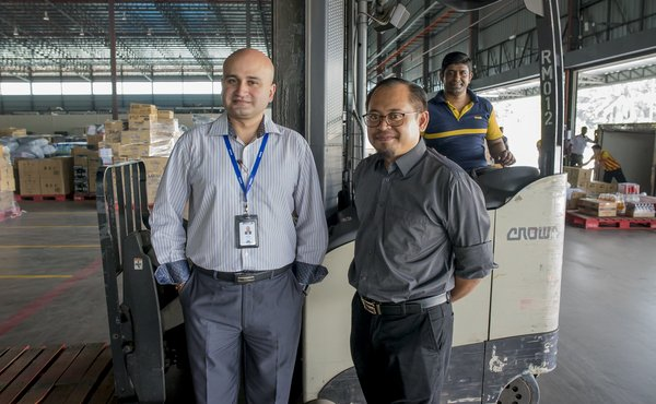 MYDIN Malaysia reaps supply chain productivity benefits from its long-term relationship with Crown Equipment.