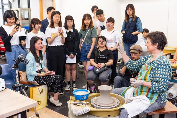Sands China brought eight world-class ceramics masters to Macau Polytechnic Institute and Macau University of Science and Technology in June for two days of masterclasses, providing an opportunity for art students and professors for artistic exchange, with over 100 participants in attendance.