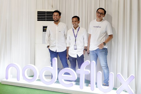 "Chief Commercial Officer, Ivan Tigana; Chief Operating Officer, Adhi Murbini; and Group Product Manager, Richard Dhamardi at Nodeflux Road to Accelerate ""The Trend of Appropriating Face Recognition in the Financial Industry"", Thursday, October 10th, 2019 at Nodeflux HQ, Kemang, Jakarta."