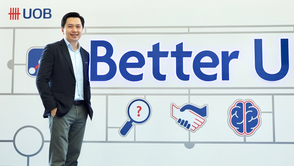 "Dean Tong, Head of Group Human Resources, UOB, di acara peluncuran program ""Better U"" UOB"
