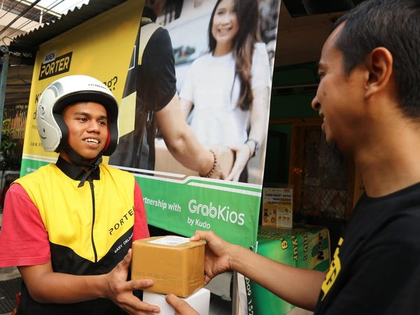 GrabKios and Porter Collaborate to Support Traditional Store through Digital Based Logistic Service