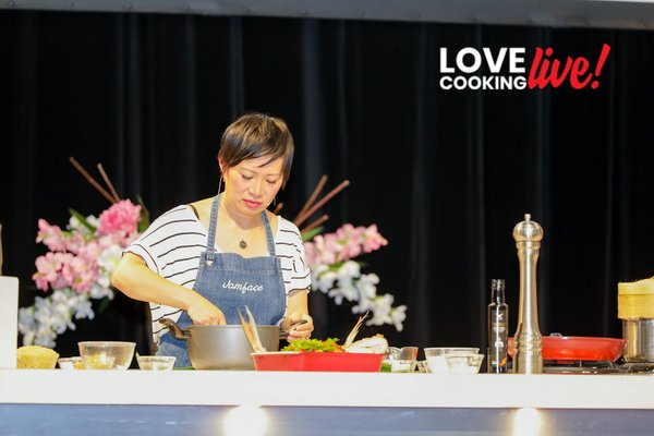 MasterChef's Poh Ling Yeow demonstrates her superb cooking skills at Love Cooking Live!