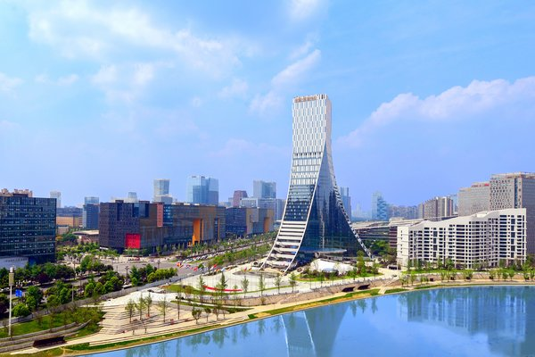 Chengdu Hi-tech Zone Made an Increase by 7% in Industrial Added Value in the First Half of the Year