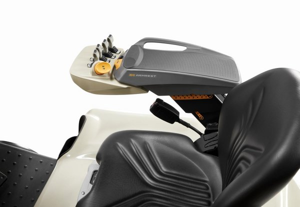 Crown Equipment Introduces New Ergonomically Advanced Industrial Armrest