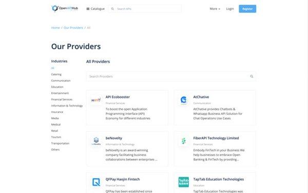 OpenAPIHub的用戶可搜尋API供應商的資料,並考慮是否與該供應商合作,選用其提供的API。