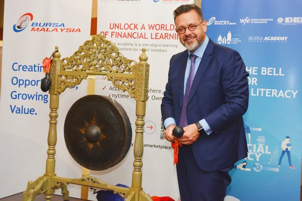 Bursa Malaysia Rings the Bell for Financial Literacy in Celebration of World Investor Week 2020